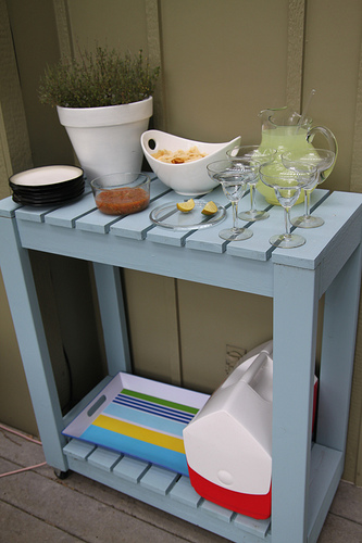 DIY Garden furniture rolling cart