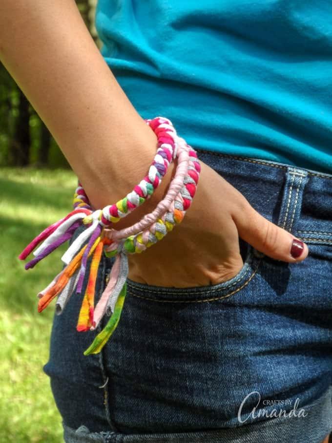 Bracelets recycled projects