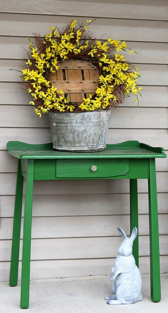 Farmhouse Spring Porch Decor