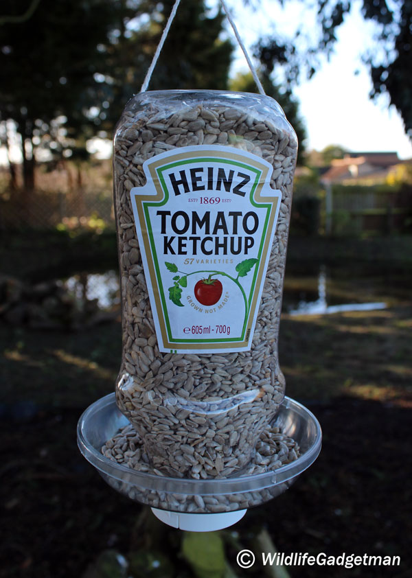 Recycled Projects bird feeder