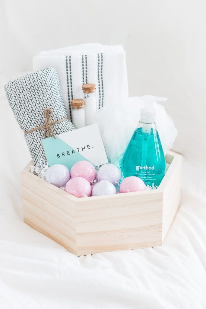 DIY Spa Kit Gift Basket Idea