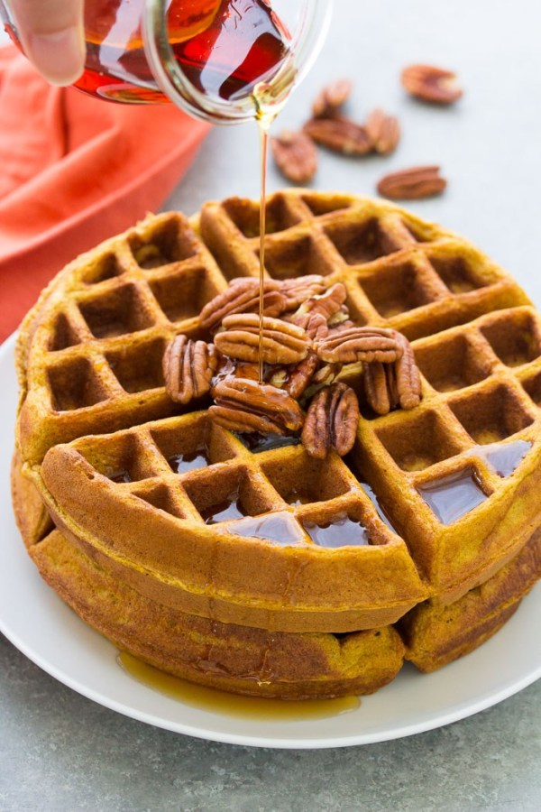 Easy & Healthy Pumpkin Waffles