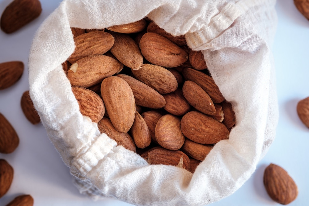 Keto food lists - Nuts