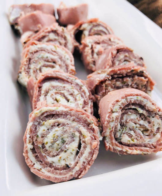 Low-Carb Roast Beef Roll-Ups