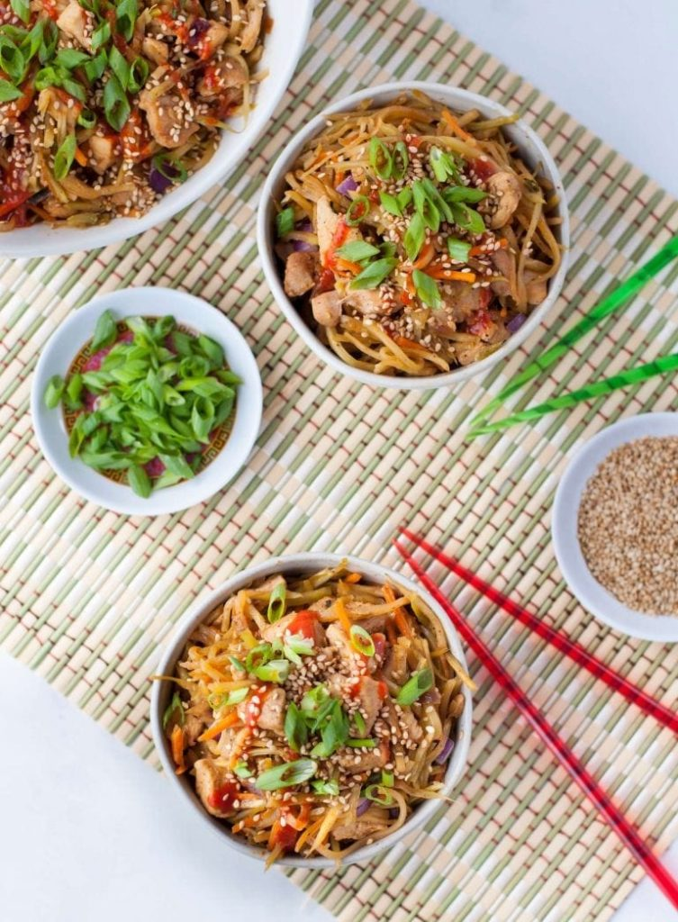 low carb sesame chicken egg roll in a bowl