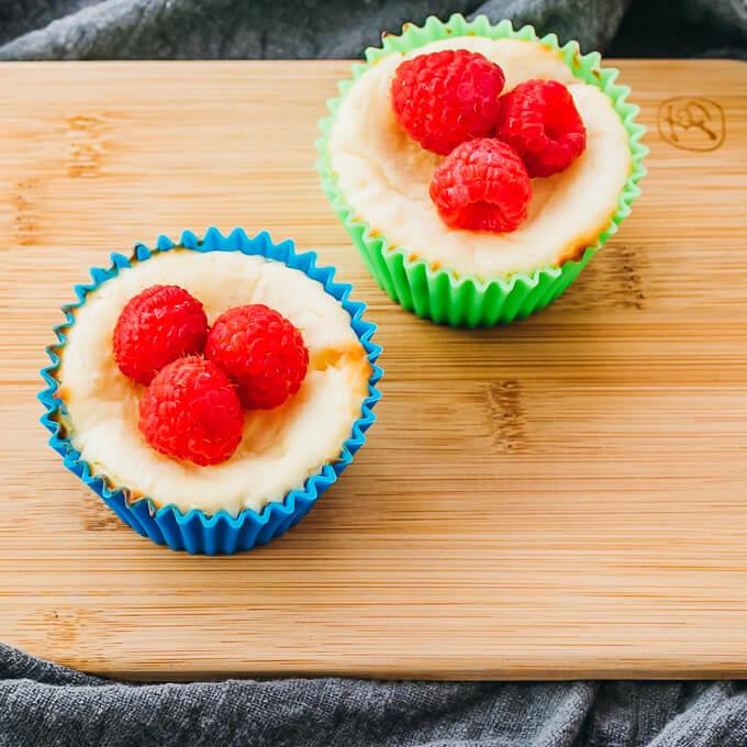 mini keto cheesecake bites
