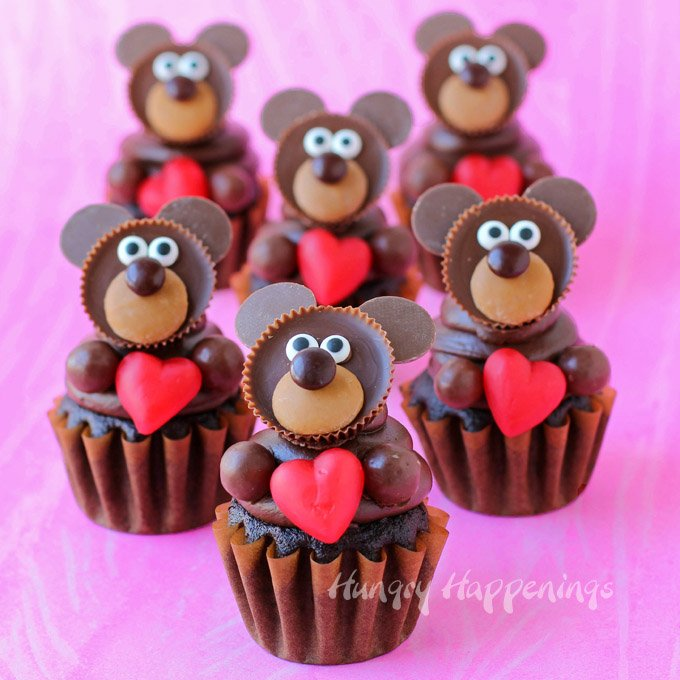 Chocolate Teddy Bear Cupcakes for Valentine's Day